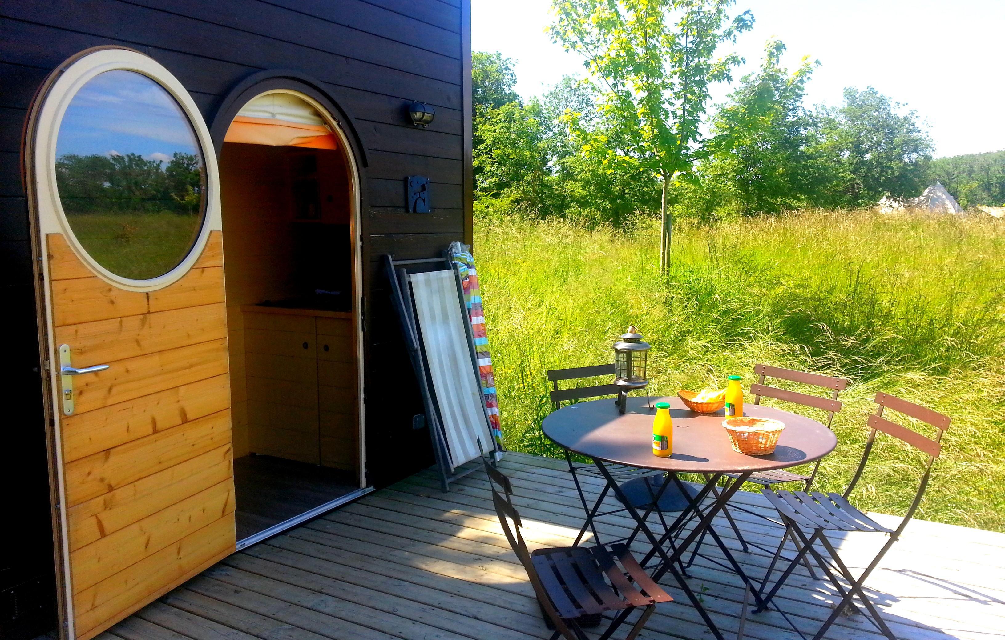 Location - Carré D'étoiles Pour 1 Couple Avec Petit-Déjeuner - Camping Domaine d'Escapa