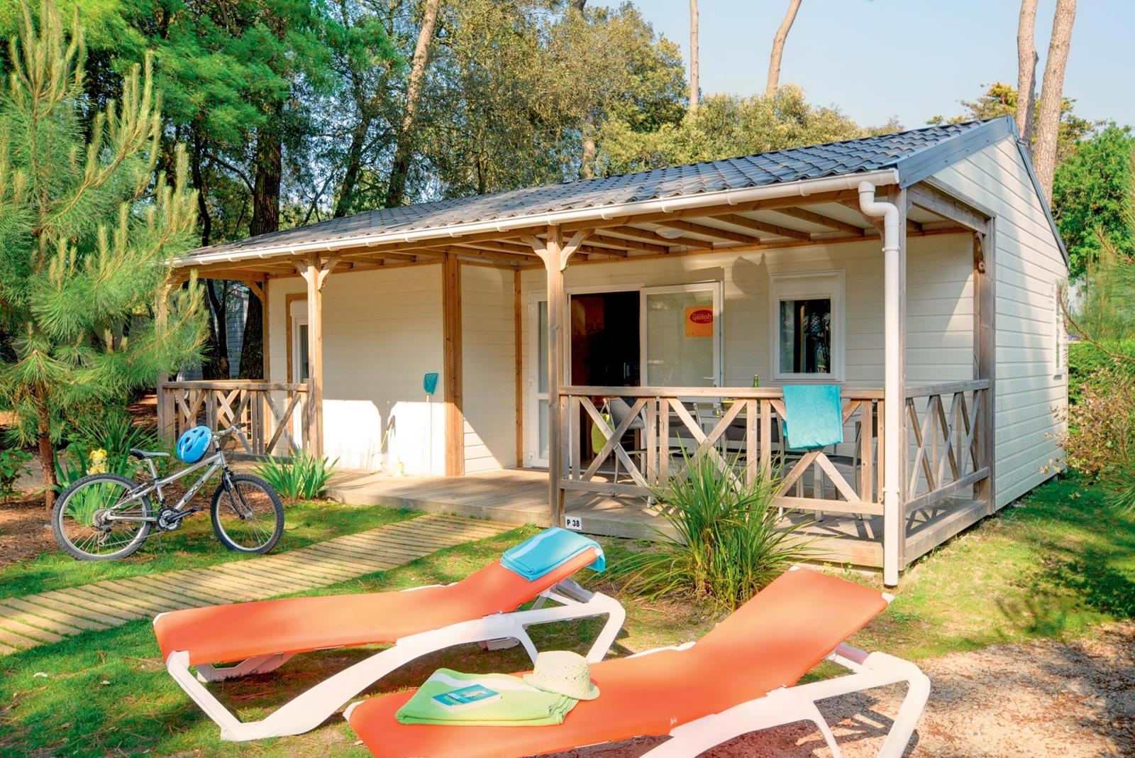 Location - Chalet Les Pins 3 Chambres **** - Camping Sandaya Le Littoral