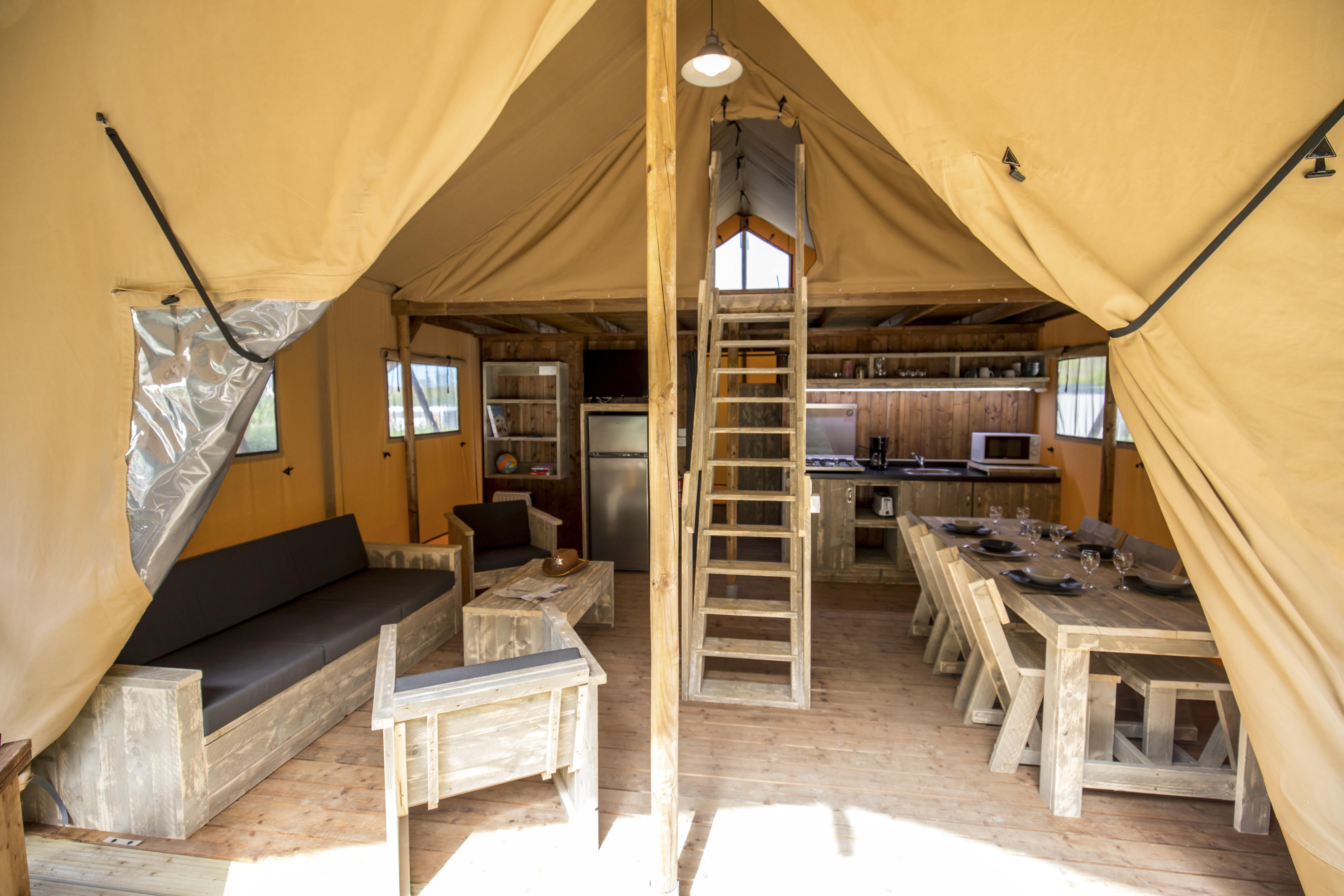 Location - Glamping Lodge 37.8 M² - 2 Chambres - 1 Salle De Bain. Samedi - Camping L'Anse du Brick
