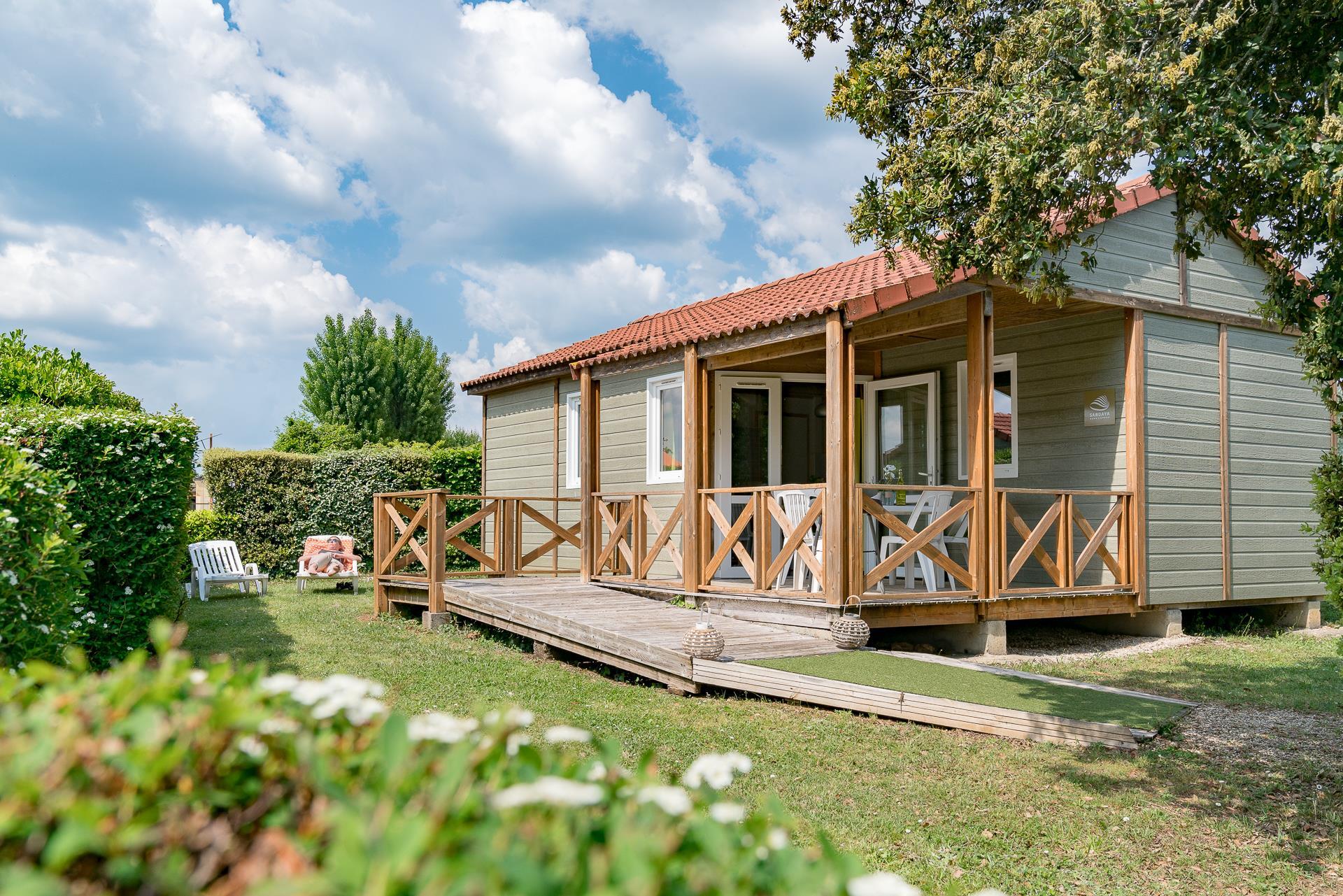 Location - Chalet Topaze Pmr 2 Chambres *** - Camping Sandaya Les Péneyrals