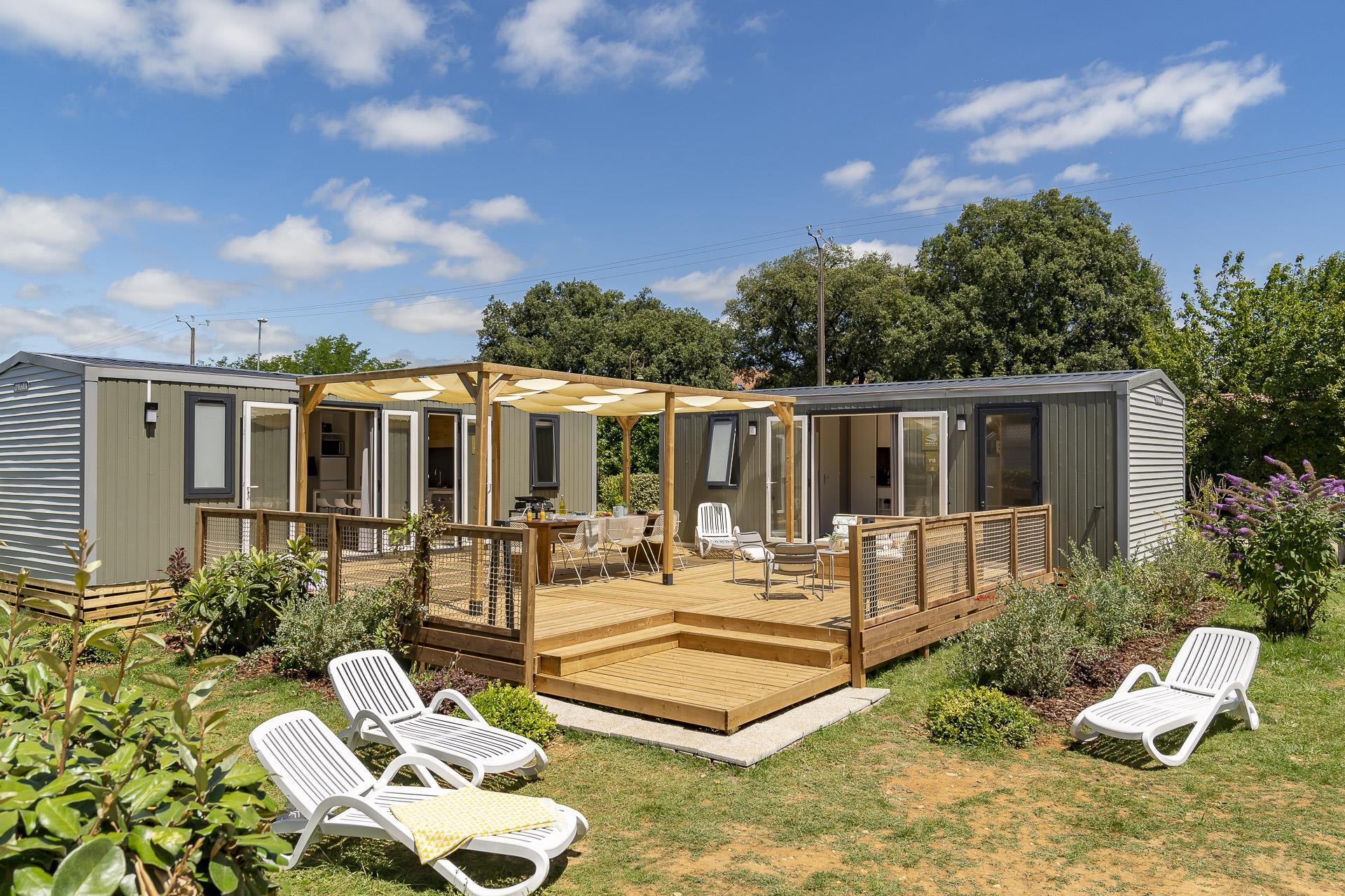Location - Cottage Friends 5 Chambres **** - Camping Sandaya Les Péneyrals