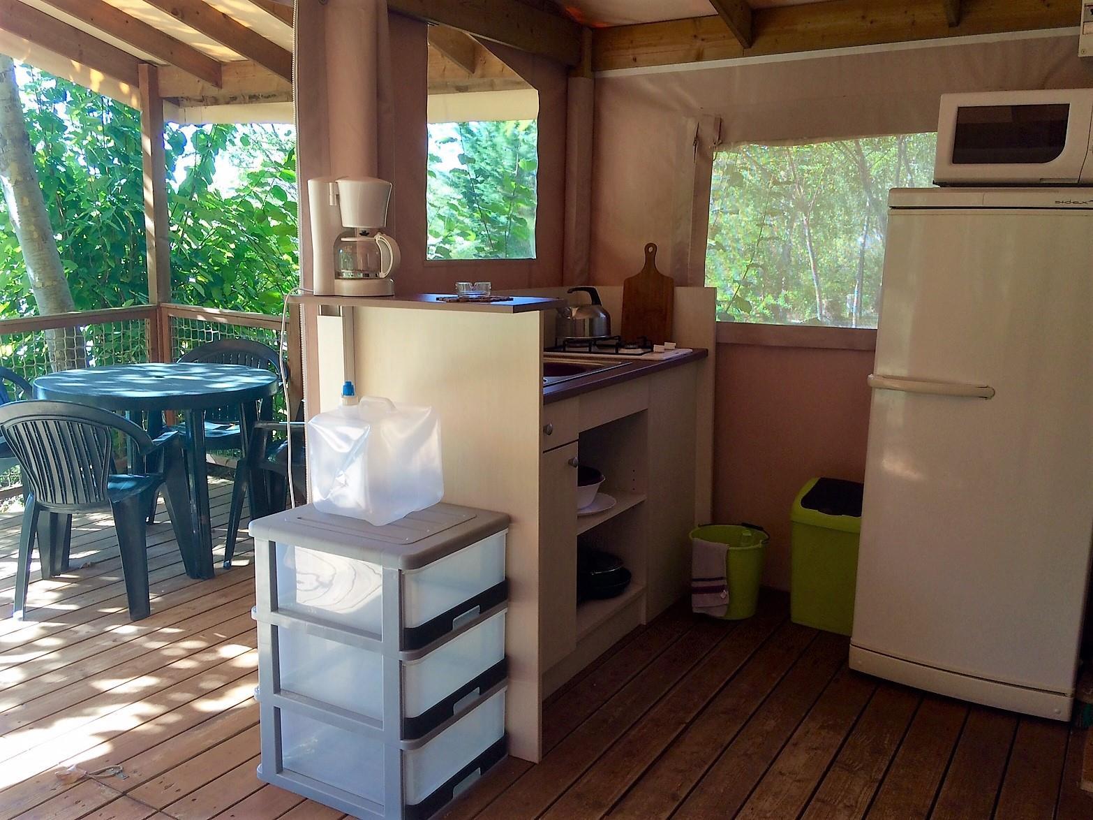 Location - Safari, 2 Chambres - Camping Les Charmes