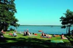 Emplacement - Empl.  Caravane Ou Tente 80-114M² - 2 Adultes/3 Enfants Ou 3 Adultes - Campingpark Havelberge