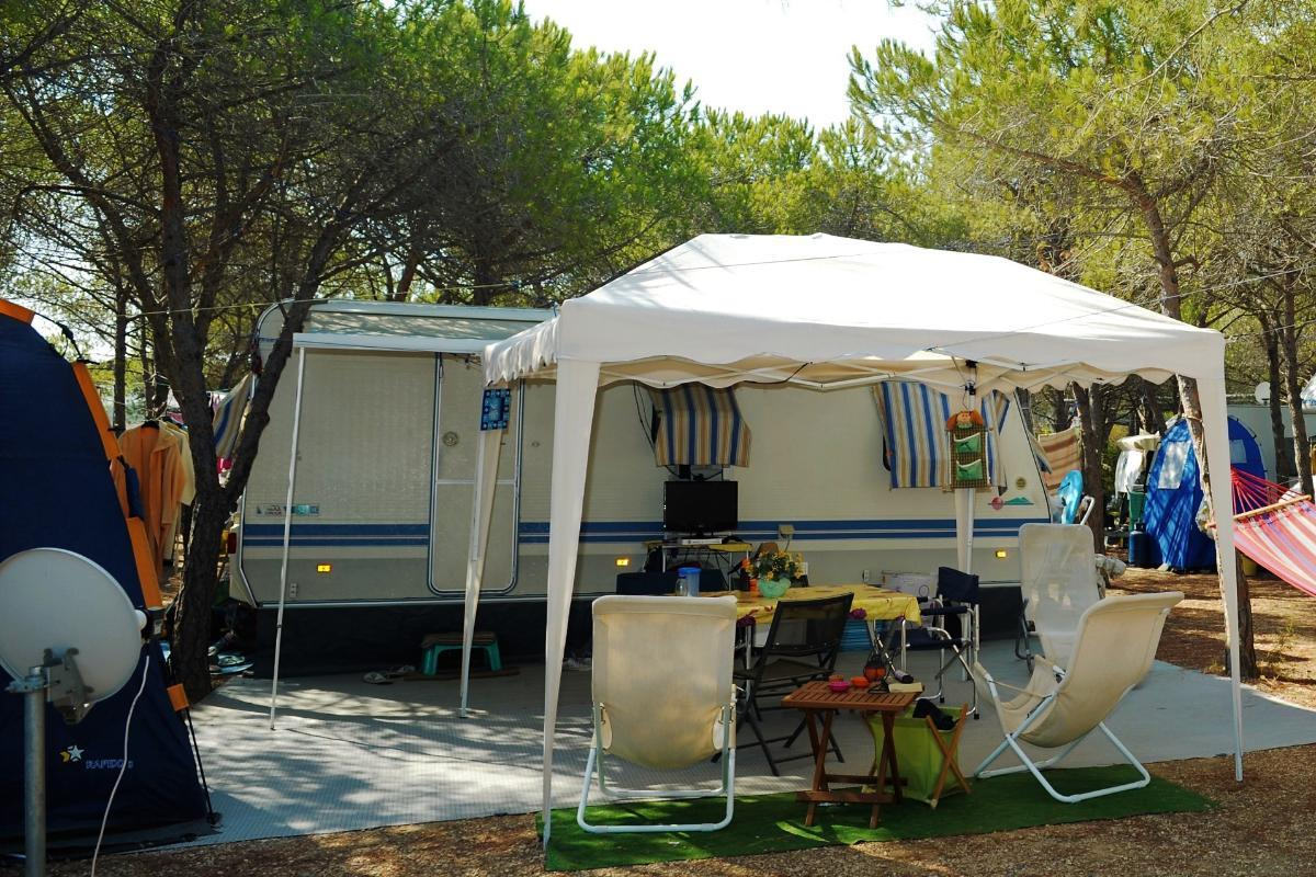 Emplacement - Emplacement Caravane / Tente >5 M - Camping Pedra e Cupa