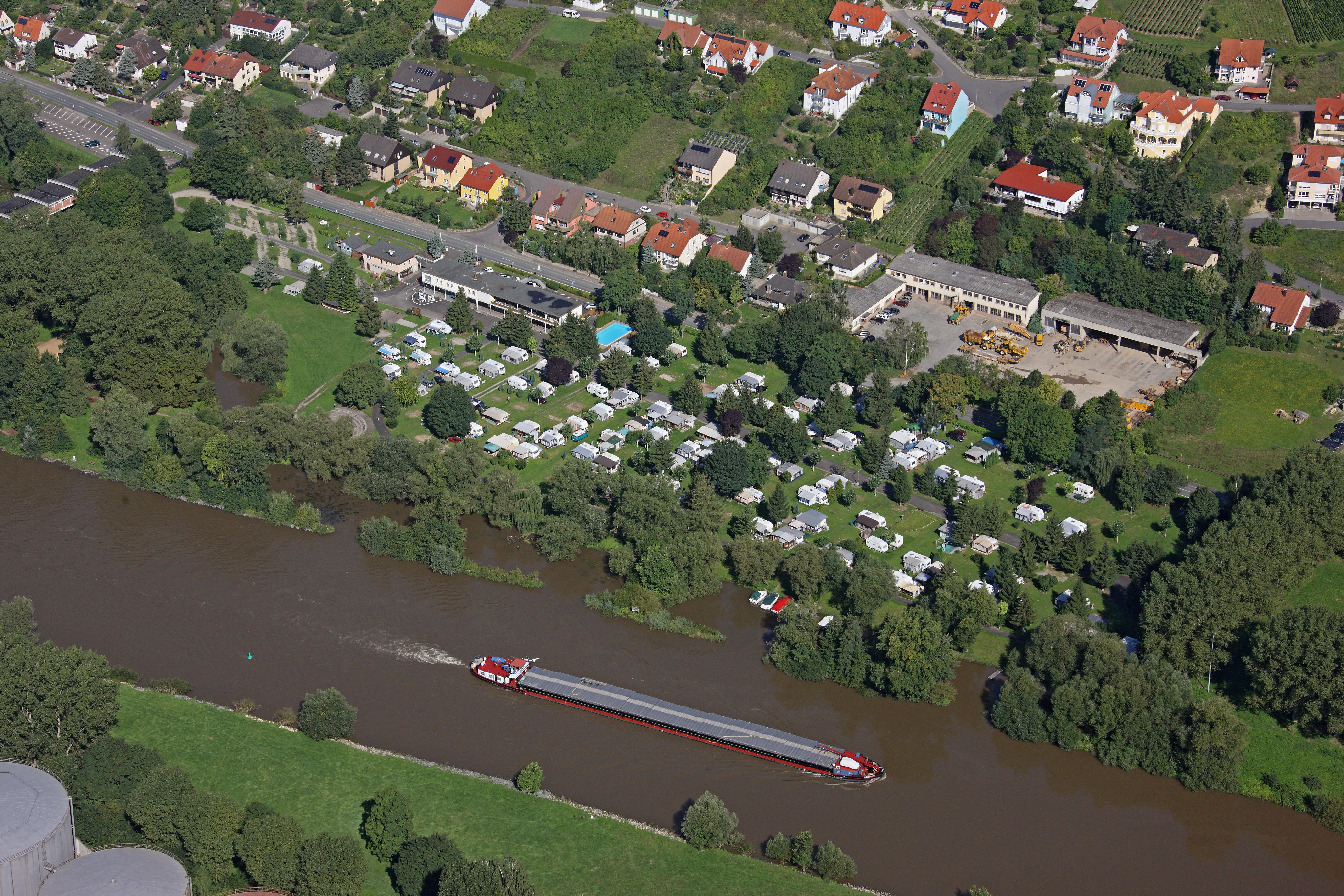 Emplacement - Stellplatz Inkl. Pkw - KNAUS Campingpark Frickenhausen