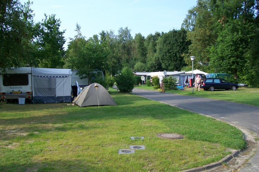 Emplacement - Emplacement + Voiture - KNAUS Campingpark Wingst