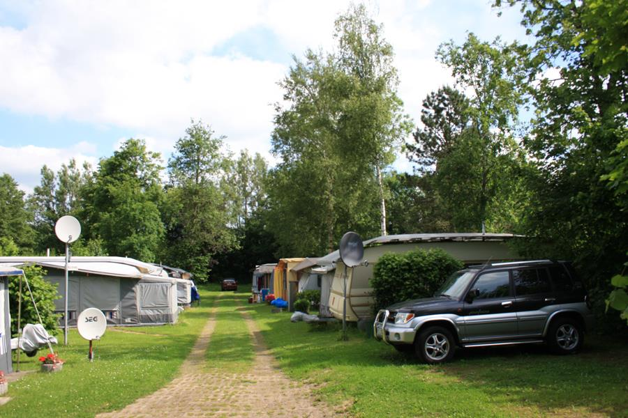 Emplacement - Emplacement + Voiture - KNAUS Campingpark Walkenried