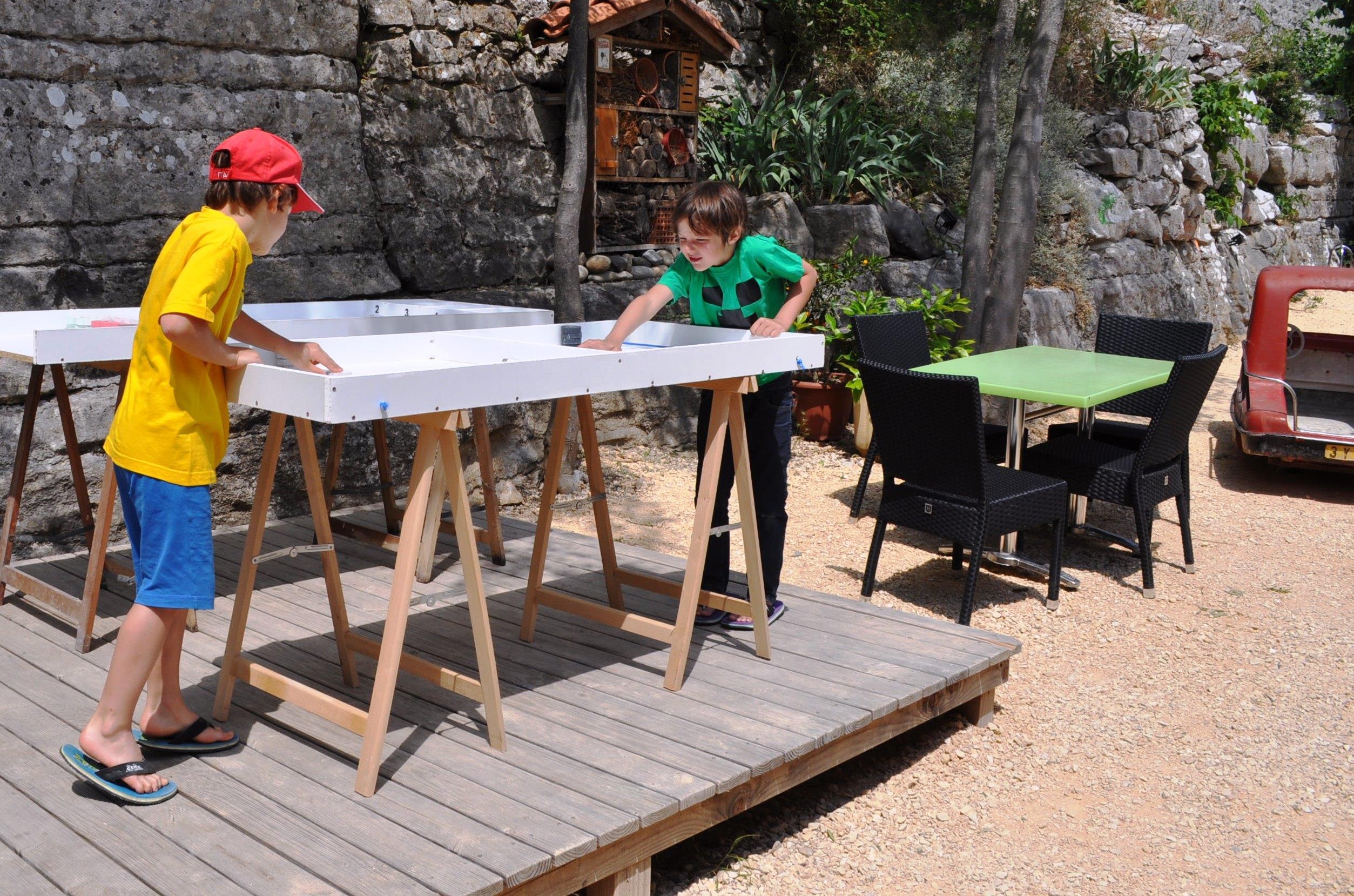 Camping l'Arche, Lanas, Ardèche