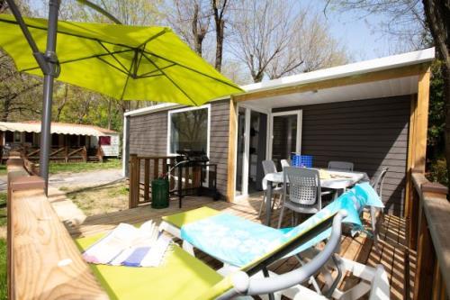 Location - Confort Loggia Irm  2 Chambres  Arrivée Et Départ Dimanche - Camping Laborie