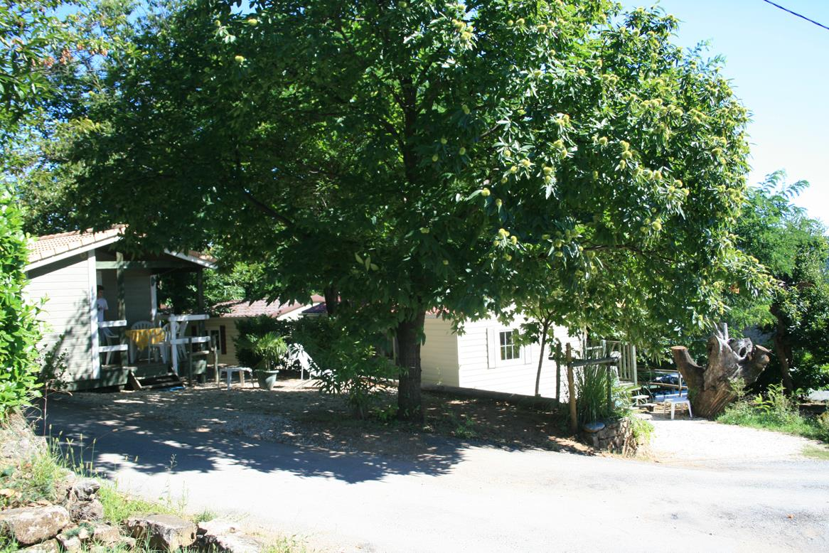 Services Camping Les Chataigniers - Ribes