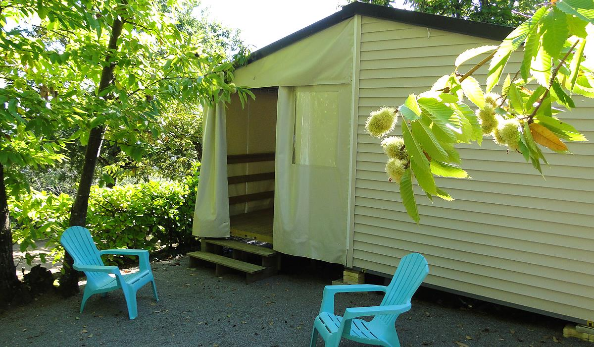 Huuraccommodatie - Mobil-Home Tithome - CAMPING LES CHATAIGNIERS