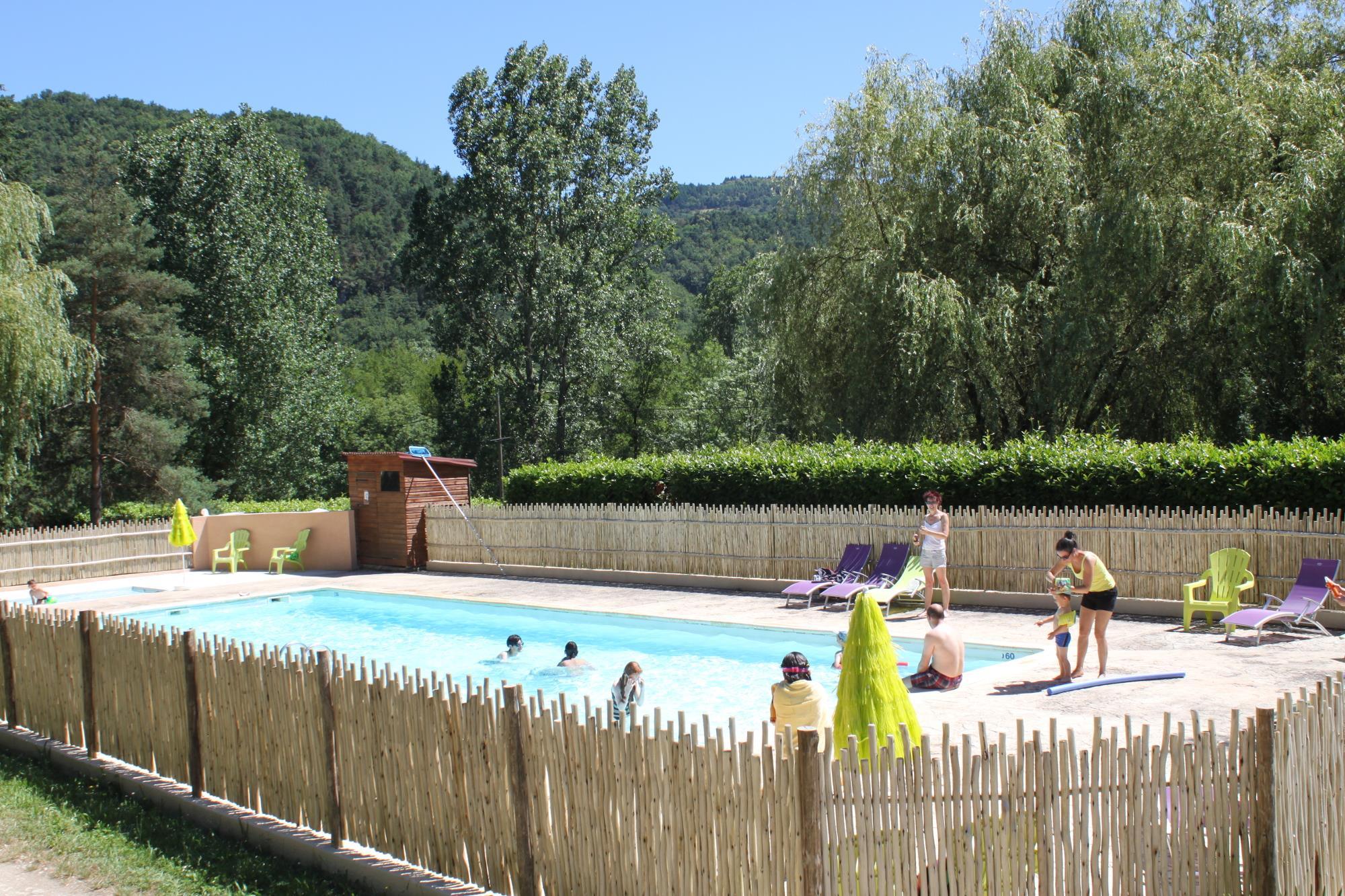 Camping les Berges du Doux, Colombier-le-Vieux, Ardèche