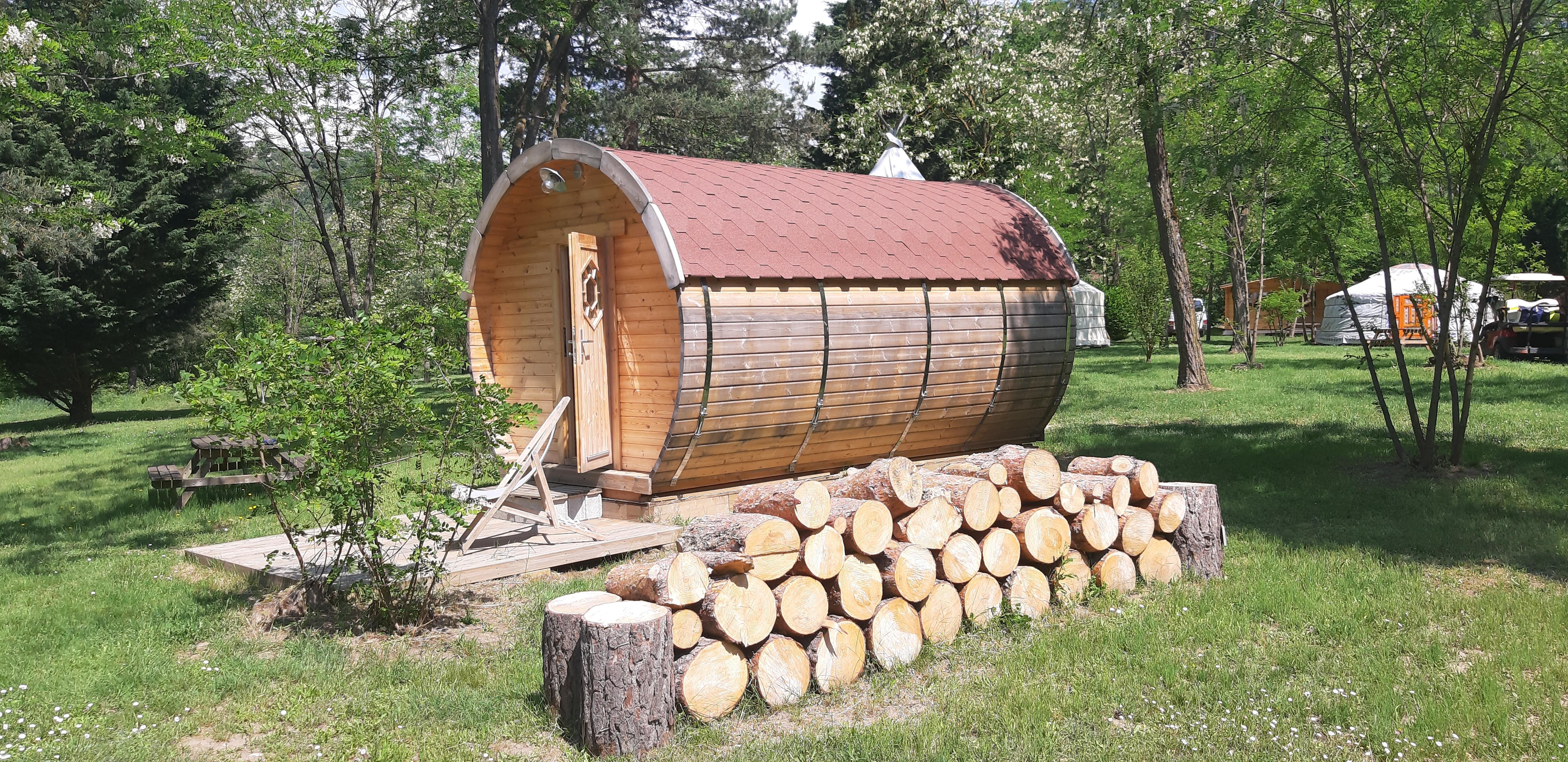 Location - Tonneau D'y Vin - Camping Le Viaduc