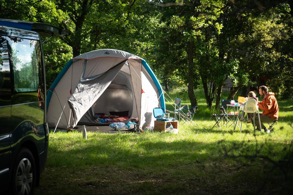 Emplacement - Emplacement - CAMPING DOMAINE DE BRIANGE