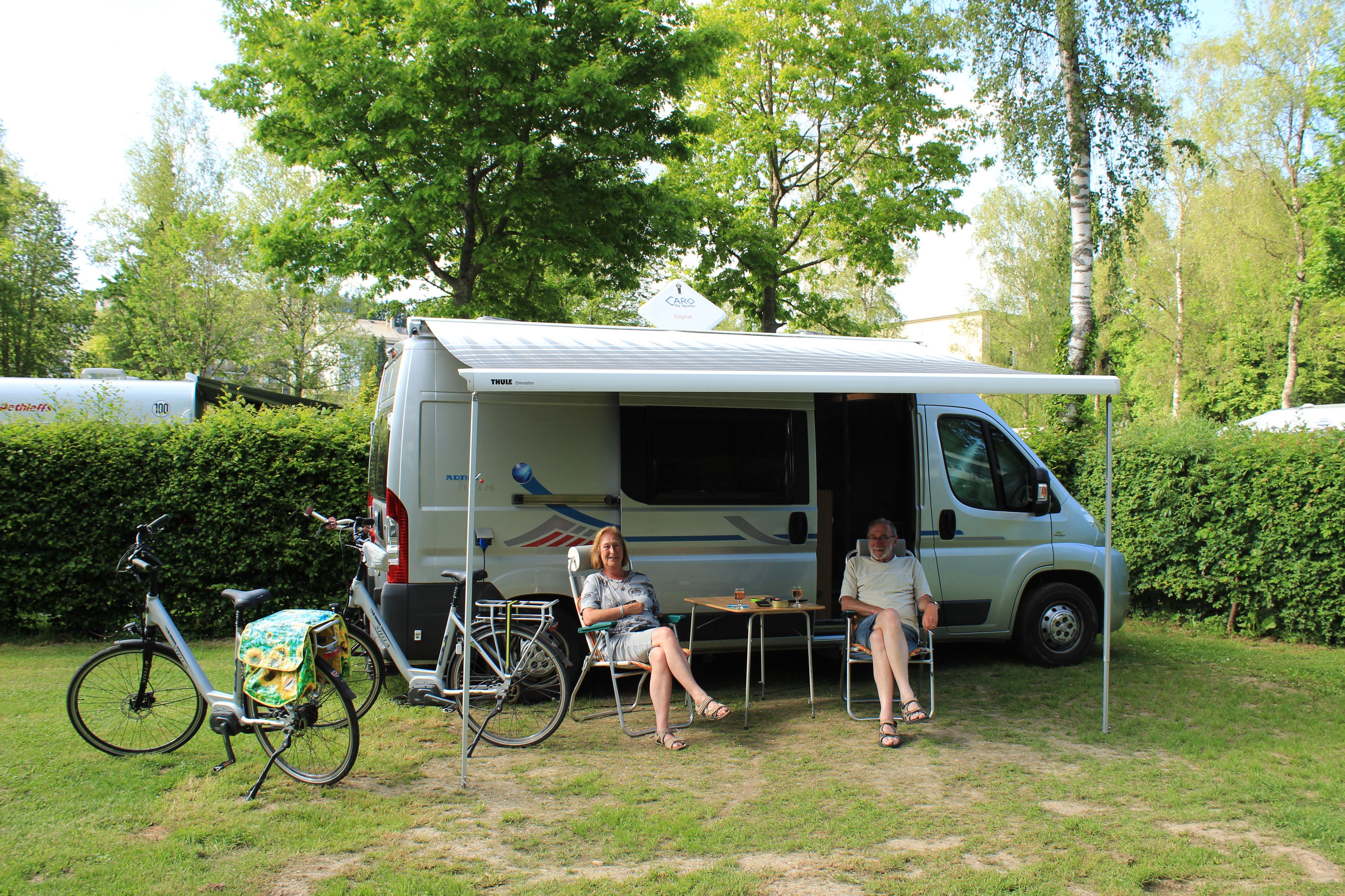 Standplaats kampeerauto incl. 1 persoon
