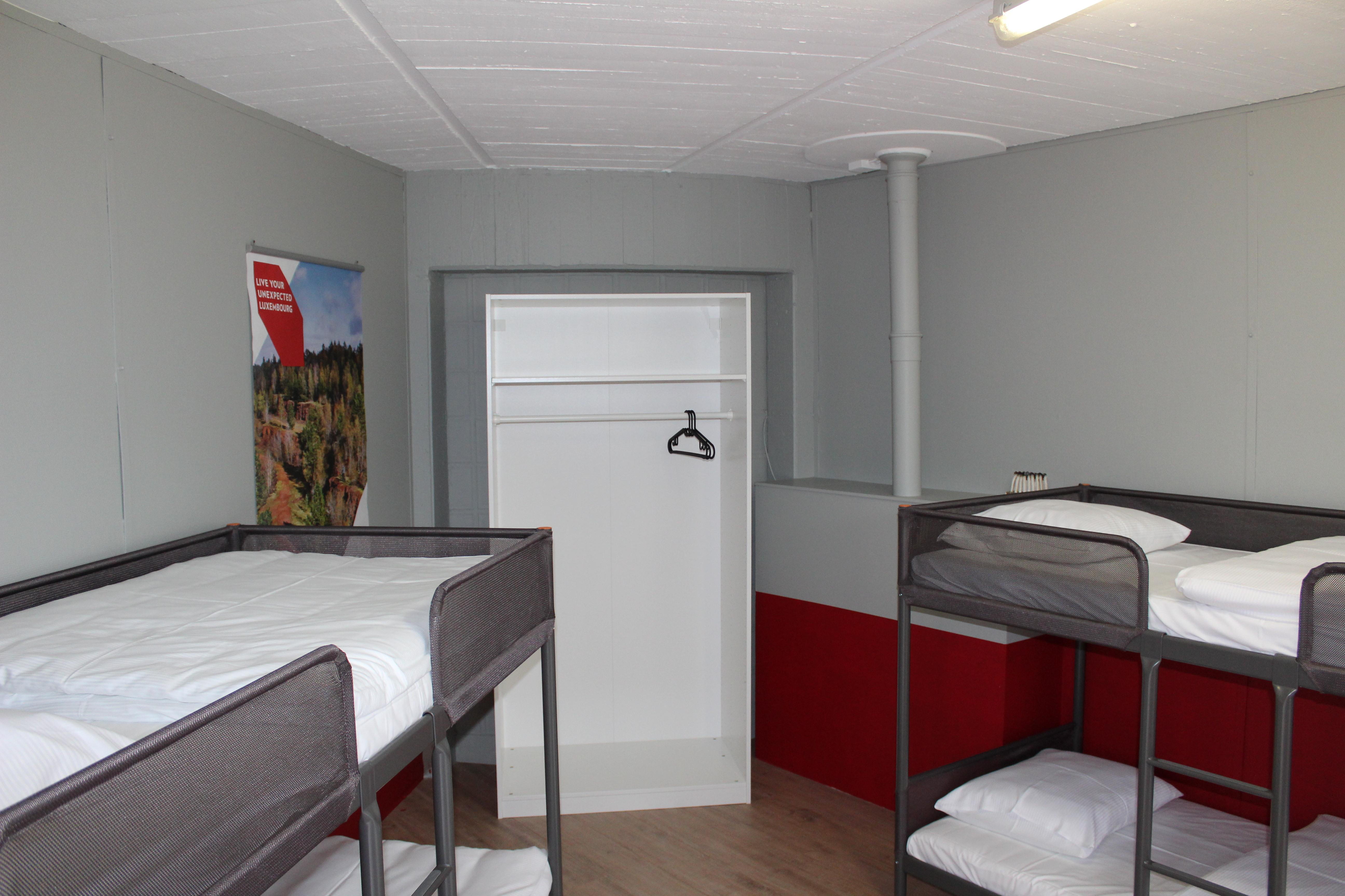 Chambre avec lits simples et lits superposés Max. 3 jours