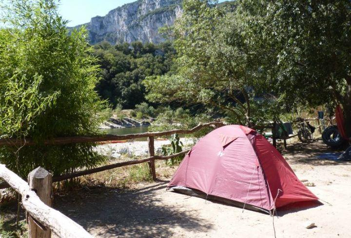 Établissement Camping Camp Des Gorges - Vallon Pont D'arc