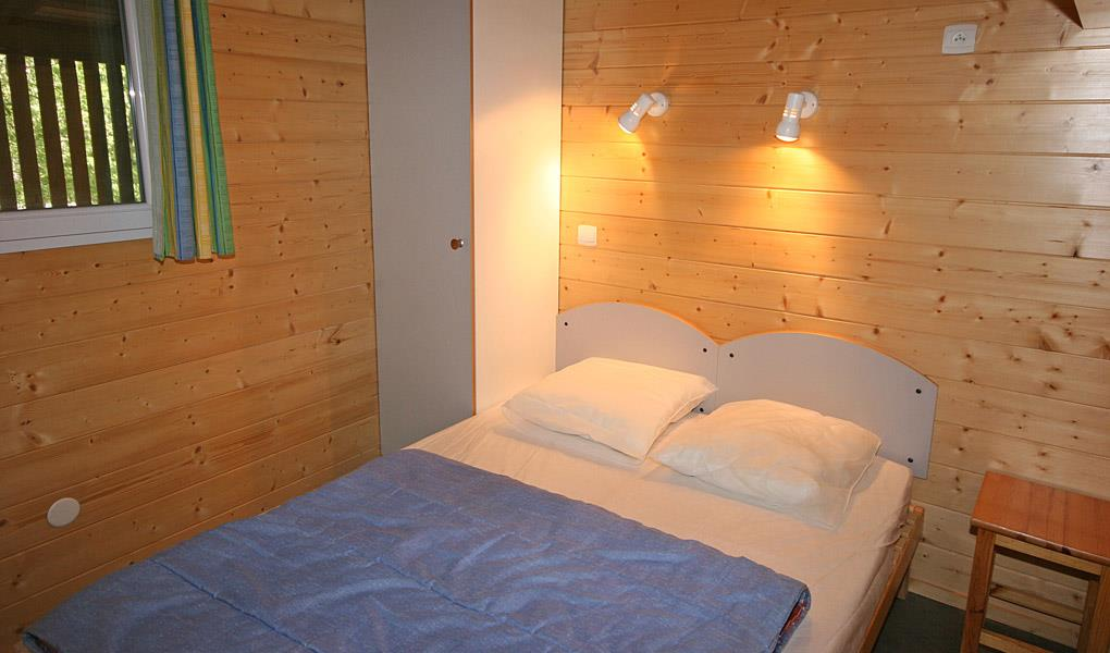 Location - Chalet Abeille - Camping les Blaches Locations