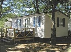 Accommodation - Mobile-Home Grand Confort 2 Bedrooms - Camping La Rouveyrolle