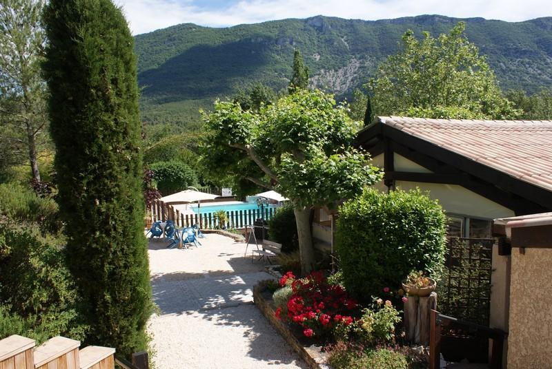 Camping Domaine de la Gautière, La Penne-sur-l'Ouveze, Drôme