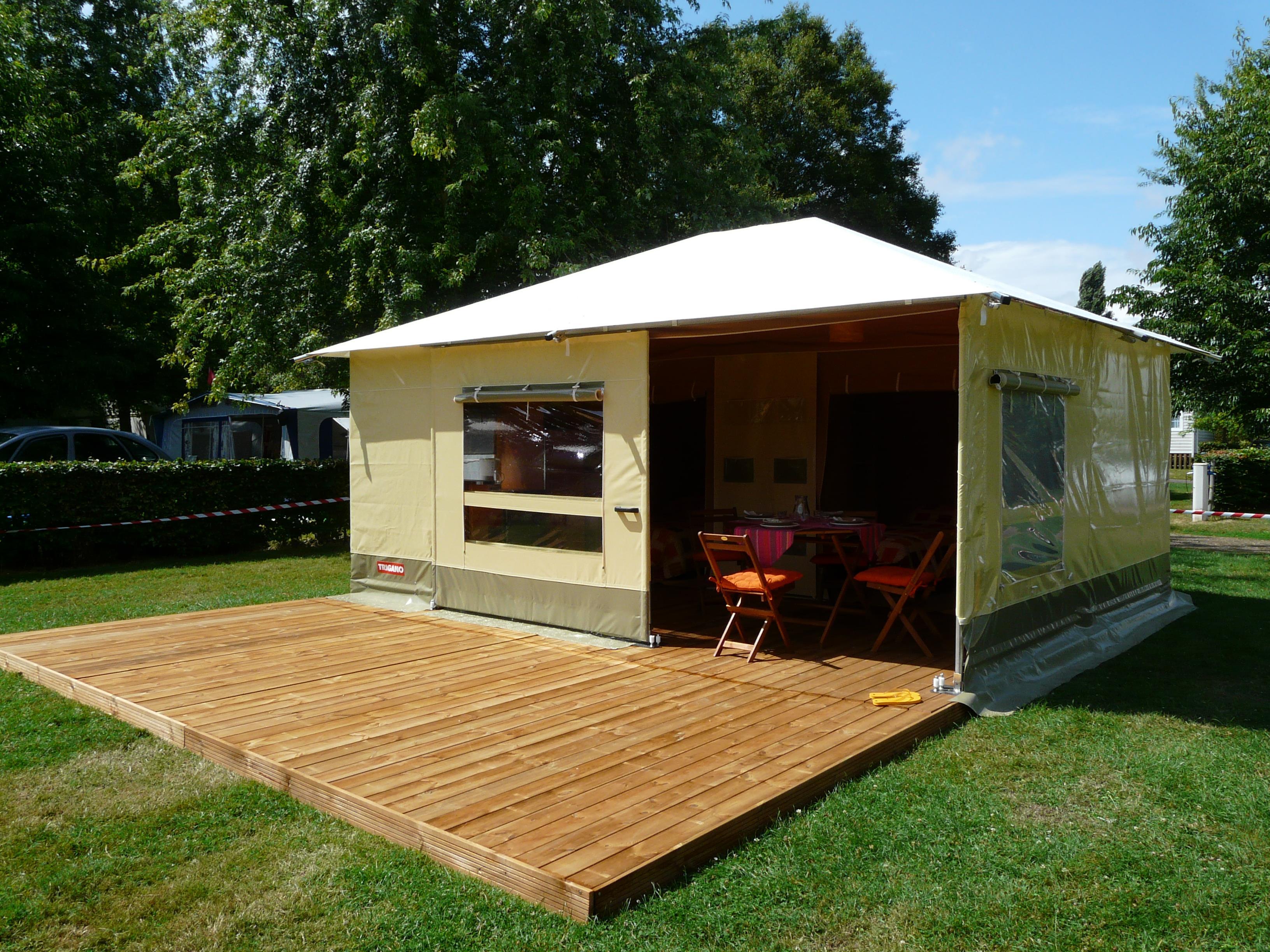 Location - Bungalow Toilé Maldives Standard 26M² 2 Chambres + Terrasse Couverte / Sans Sanitaire - Adapté Aux P - Camping des Vallées