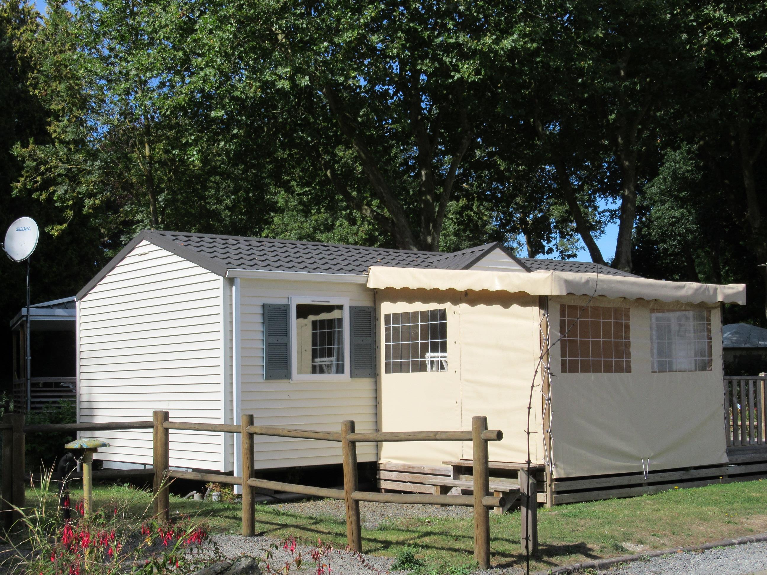 Location - Mobil-Home Premium 35M² - 3 Chambres + Terrasse Et Pergola 9M² + Lave-Vaisselle - Camping des Vallées