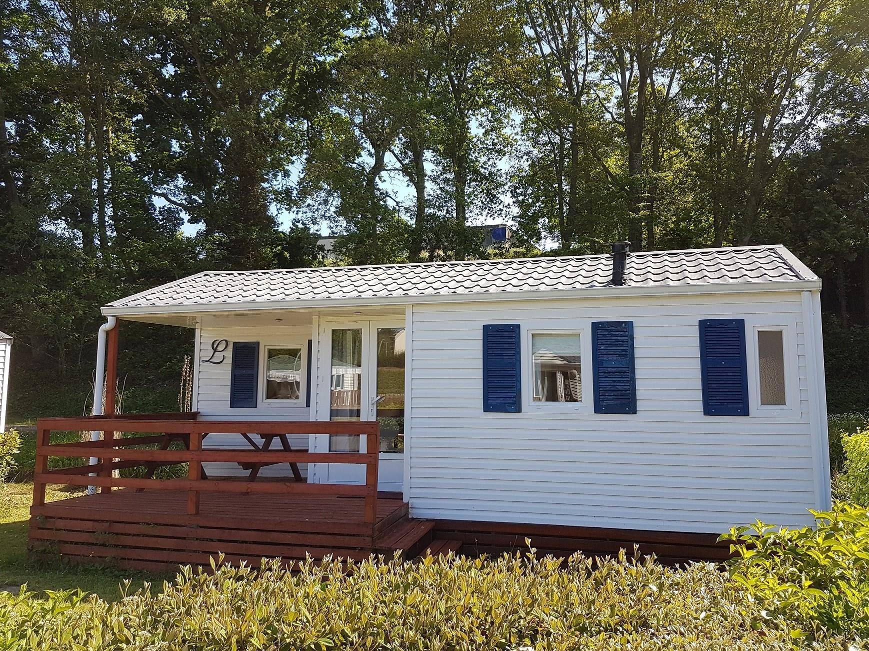 Location - Mobil-Home Standard 25M² - 2 Chambres + Terrasse Intégrée - Camping des Vallées