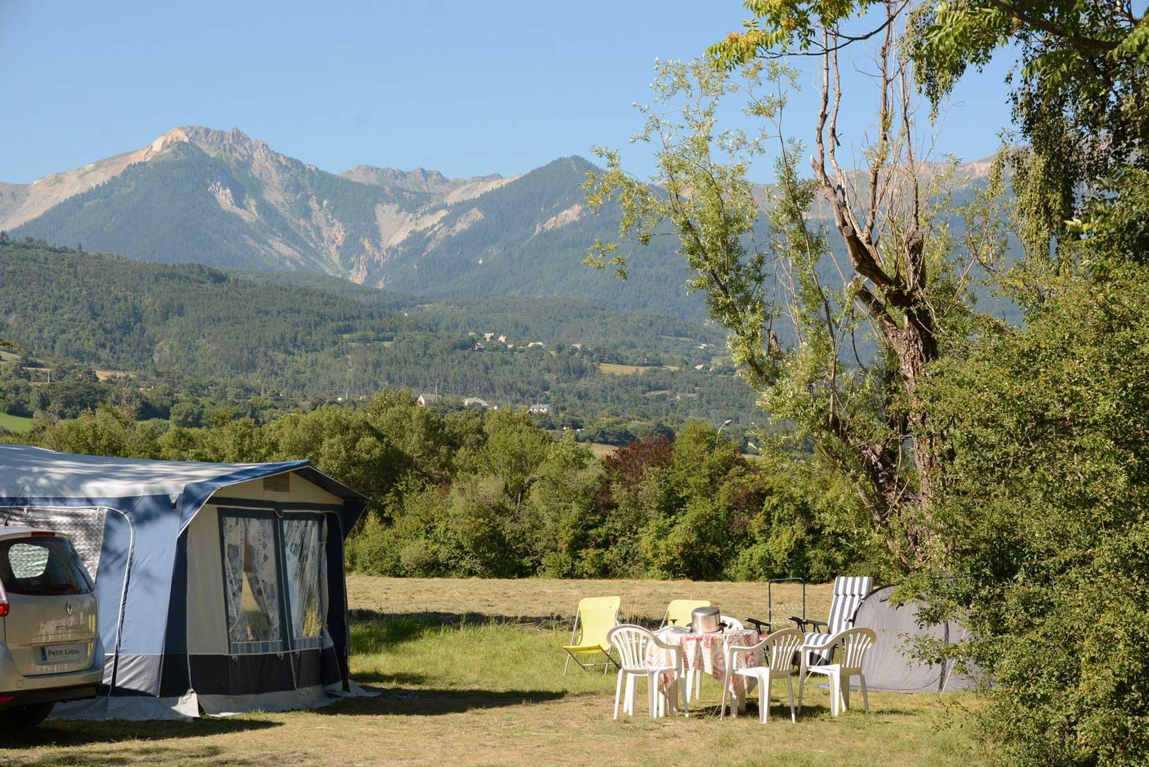Camping le Petit Liou, Baratier, Hautes-Alpes