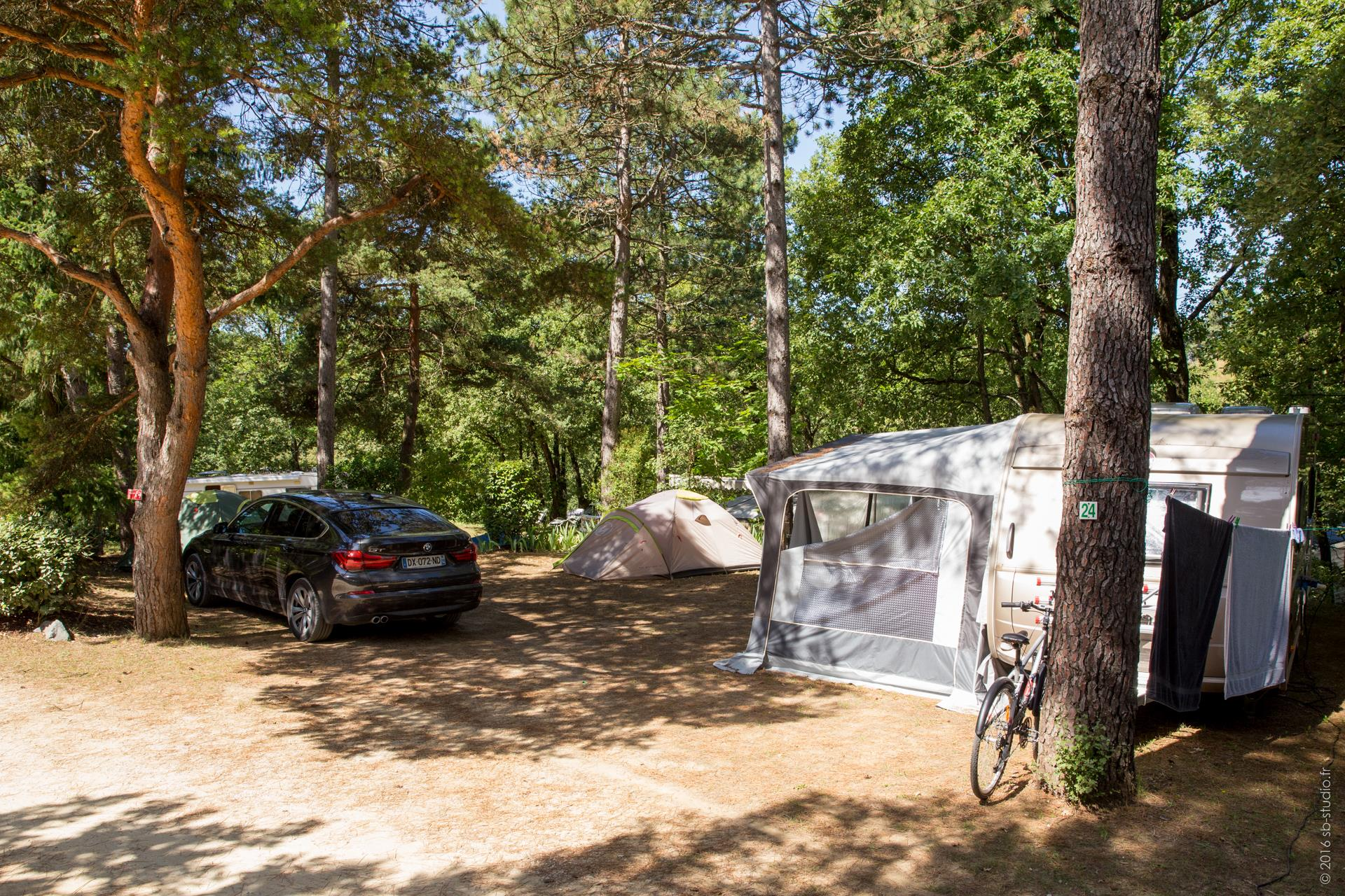 Pitch - Pitches Nature Xl - Over 200 Sqm (With Electricity) - Domaine la Garenne