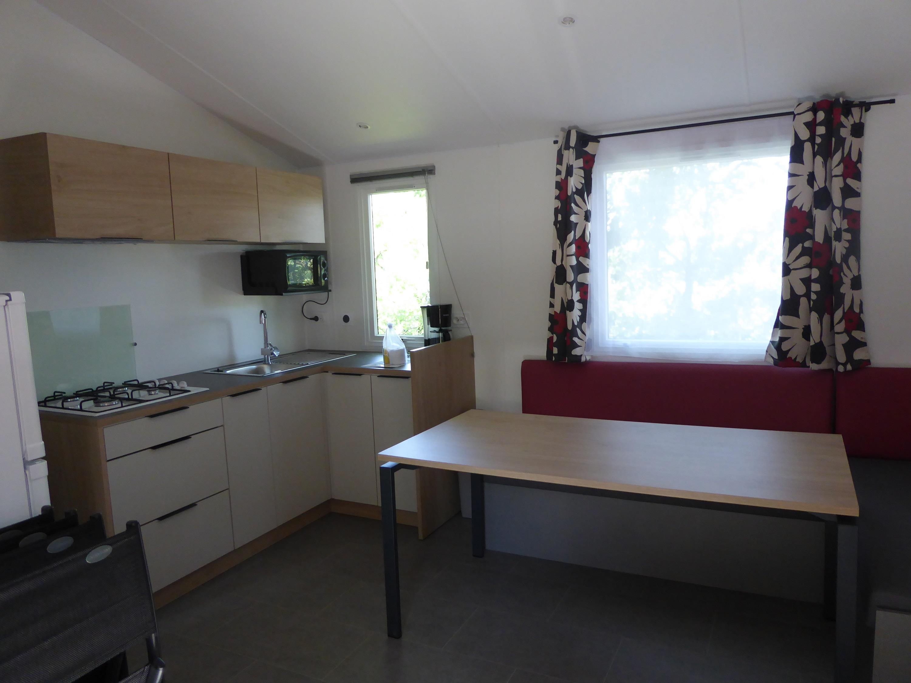 Accommodation - Mobil Home 4 Rooms 39M² Spécial Baby, Air-Conditioning, Paved Terrace - Domaine la Garenne