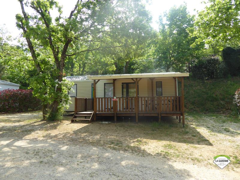 Accommodation - Mobile-Home 3 Bedrooms 37M², Covered Terace - Domaine la Garenne