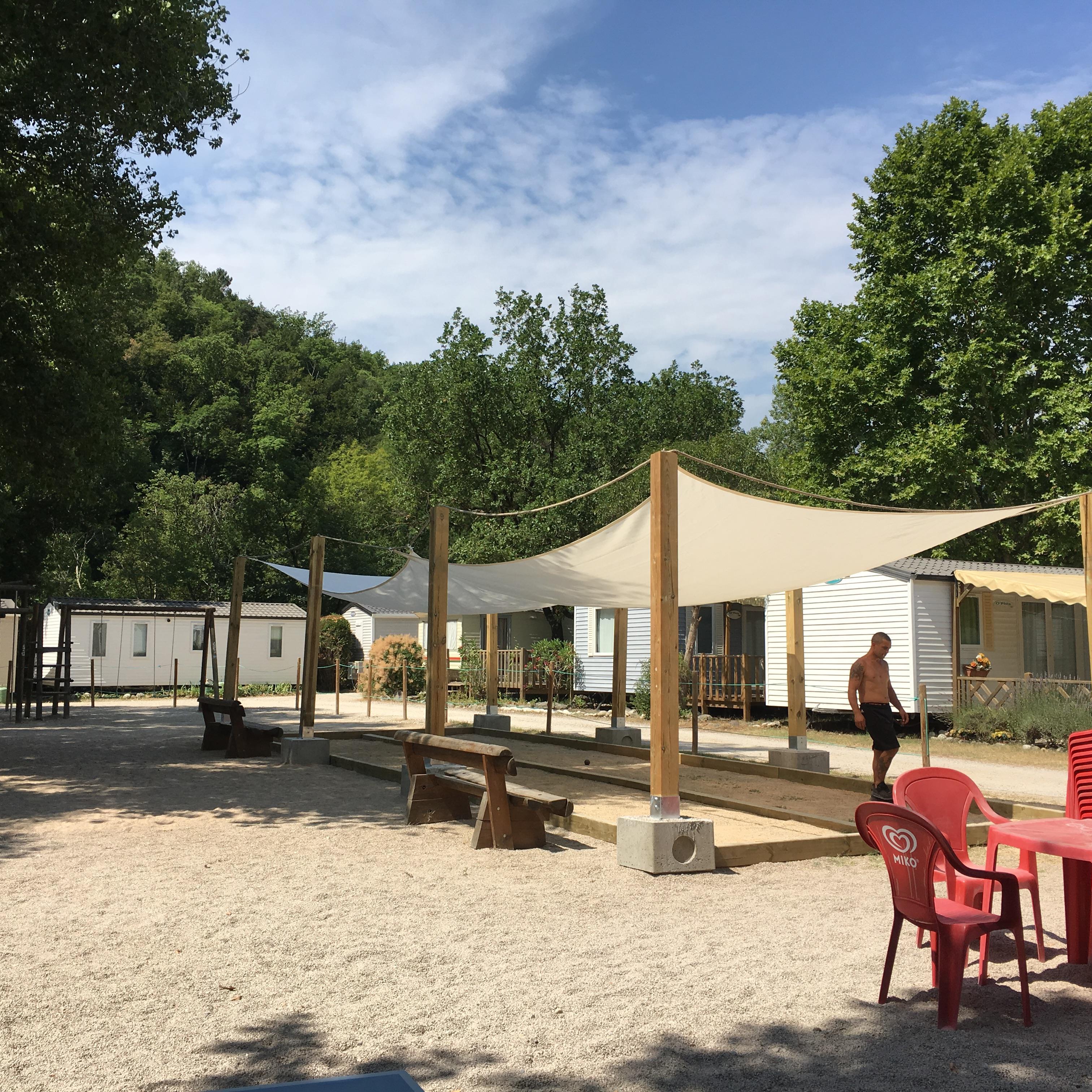 Camping les Rives du Loup, Tourrettes-sur-Loup, Alpes-Maritimes