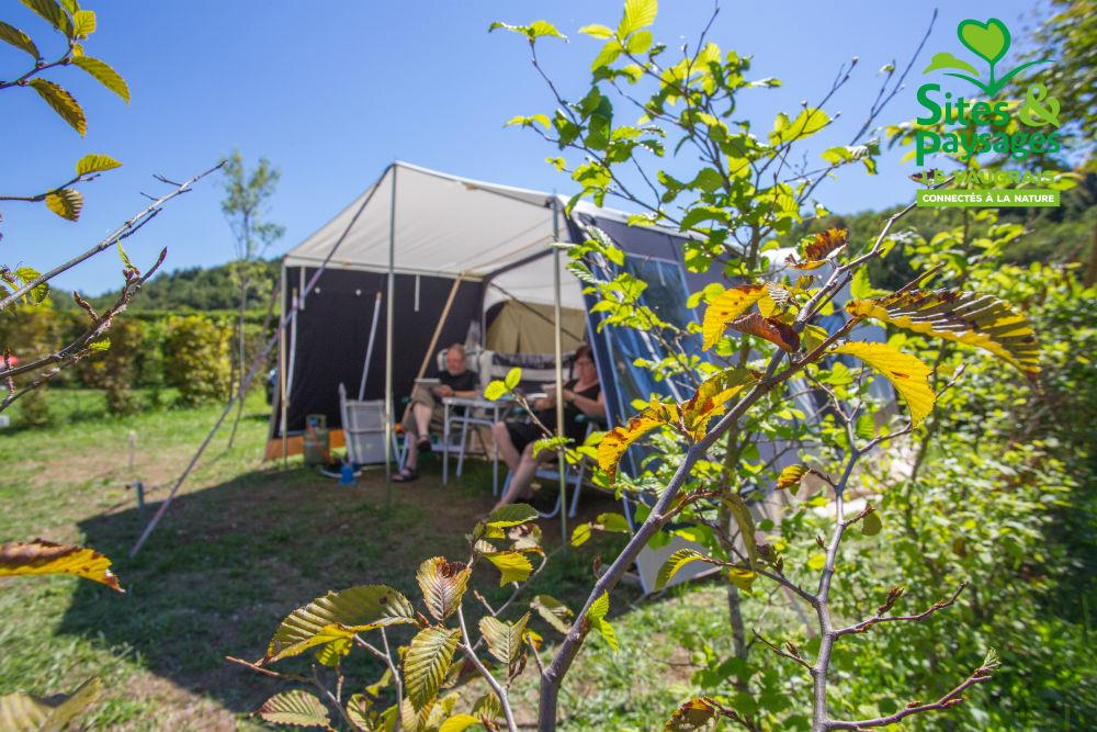 Pitch - Package  Nature /Without Electricity : Pitch + Car + Tent/Caravan/Camping-Car - Camping  Le Vaugrais