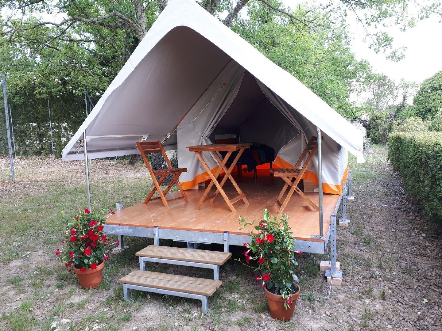 Accommodation - Tente Treck - Camping Les Silhols