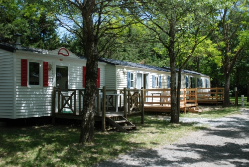 Location - Mobil-Home Confort - Camping Les Rives d'Auzon