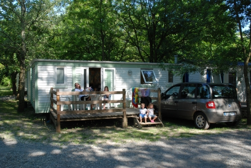 Location - Mobil-Home À La Nuitée - Camping Les Rives d'Auzon