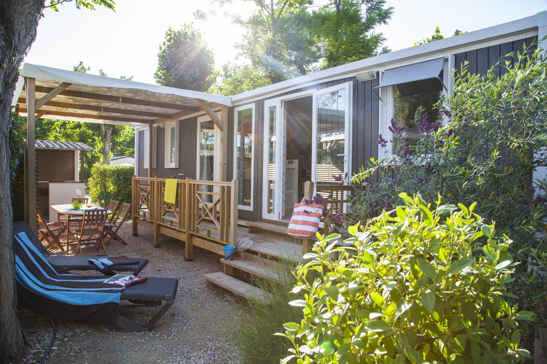 Location - Cottage Provencal 3 Chambres 2 Salles De Bain Climatisé Premium - Camping Sandaya Riviera d'Azur