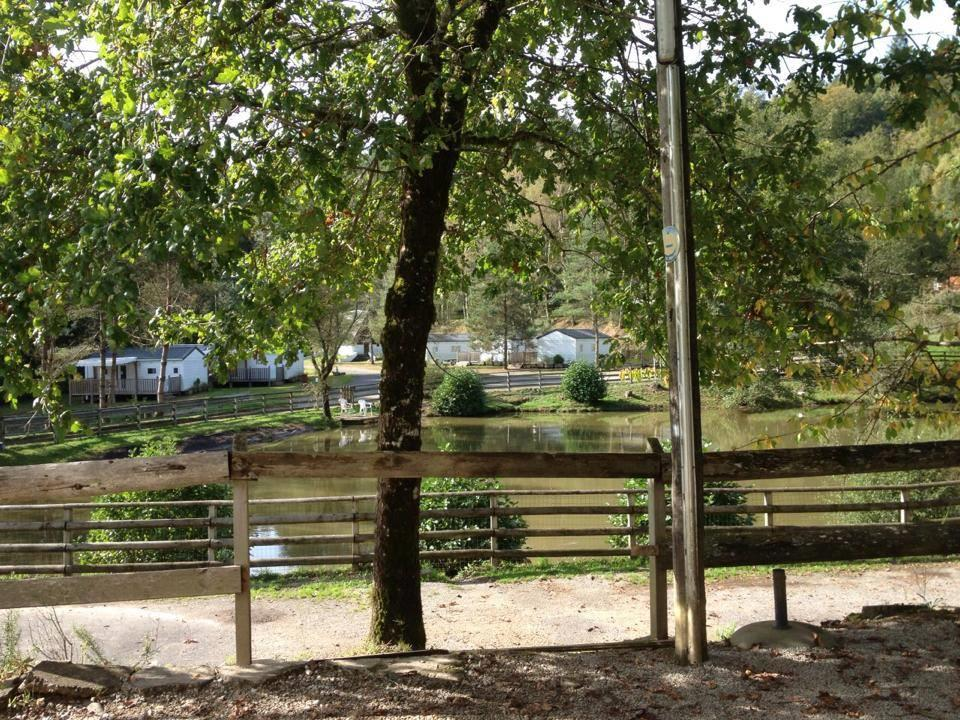 Au Bois de Calais, Corrèze, Corrèze