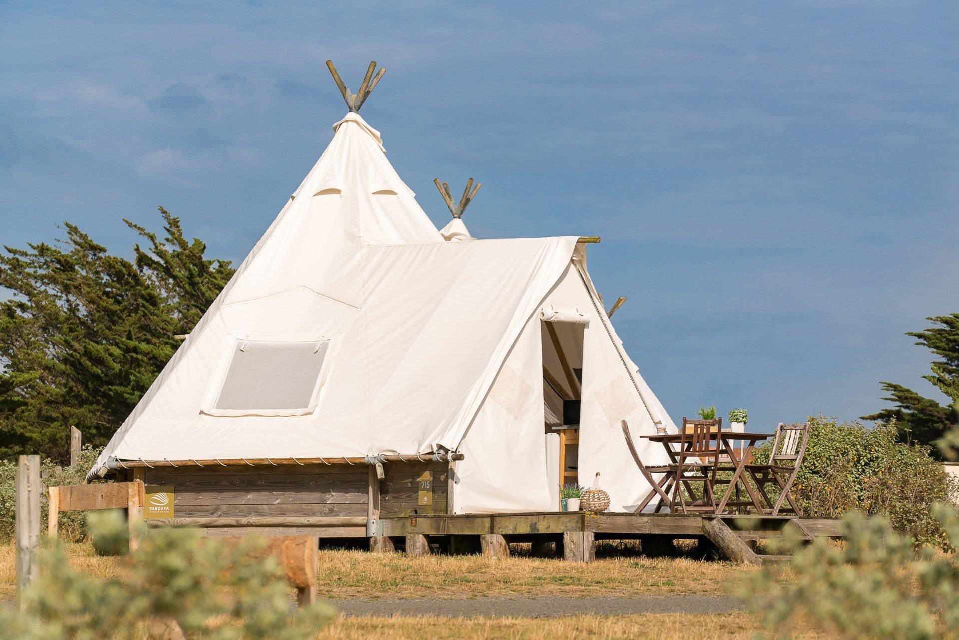 Location - Tente Tipi 18M² - 2 Chambres - Camping Sandaya Domaine Le Midi