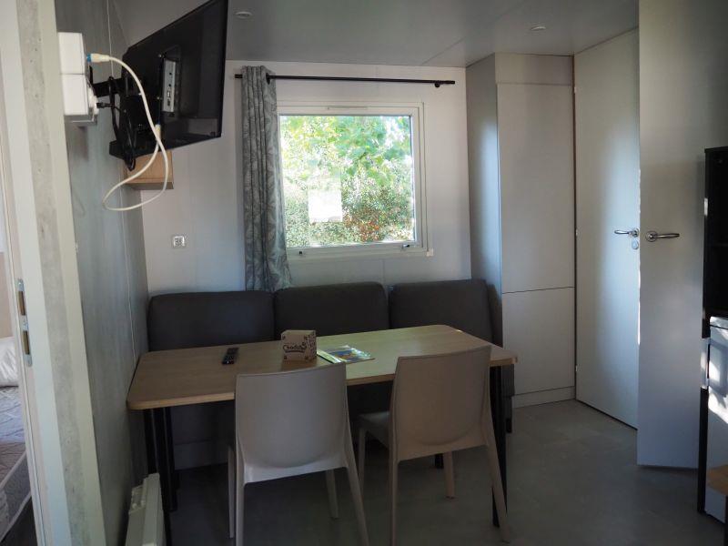 Location - Mobil-Home Adiatique - 2 Chambres - Chadotel Camping La Trevillière
