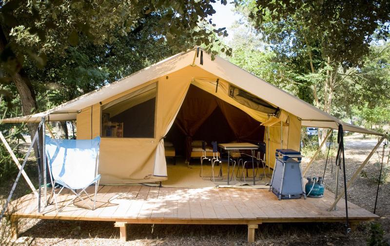 Location - Tente Toile&Bois Classic Iv - Huttopia Sarlat