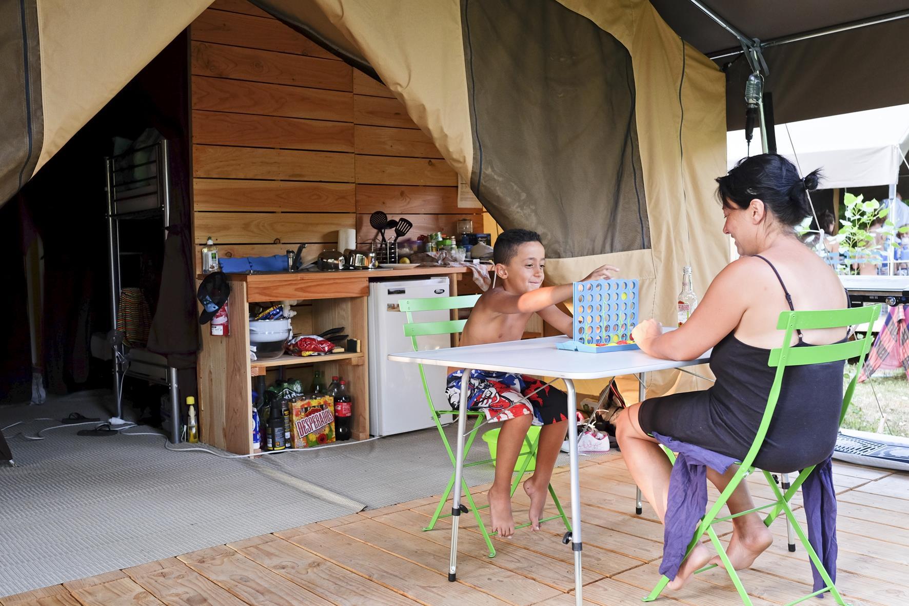 Location - Tente Toile & Bois Sweet + - Huttopia Sarlat