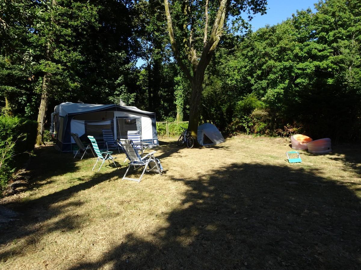 Emplacement - Emplacement Avec Électricité 6A - Camping du Haras