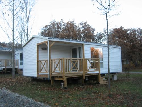 Location - Mobil Home Loggia Grand Confort 2 Chambres - Camping Les Bonnets