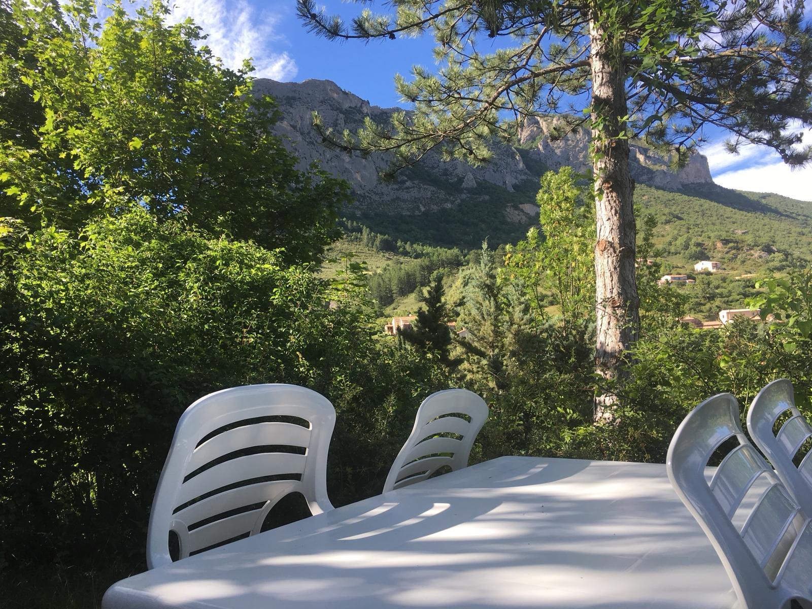 Camping les Princes d'Orange, Orpierre, Hautes-Alpes
