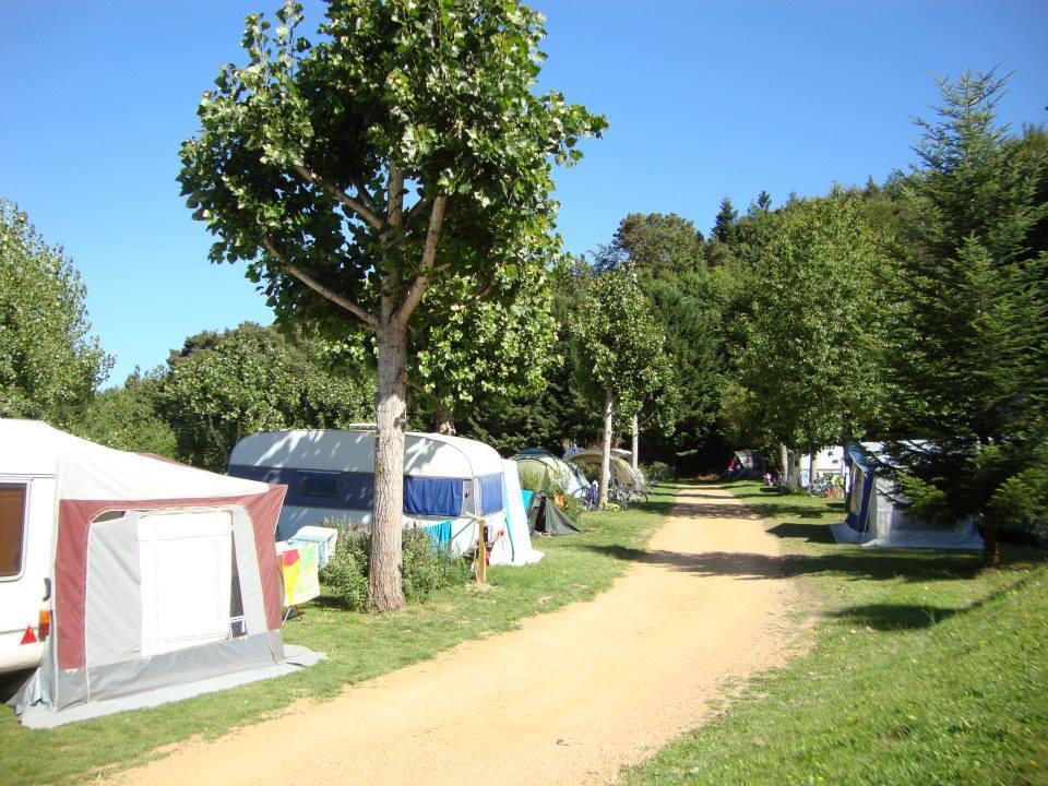 Camping les Fougeres, Murol, Puy-de-Dôme