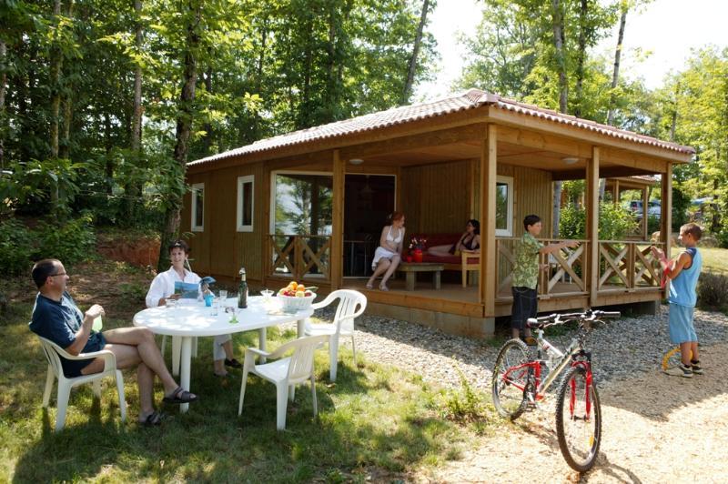 Camping l'Evasion, Puy-l'Eveque, Lot