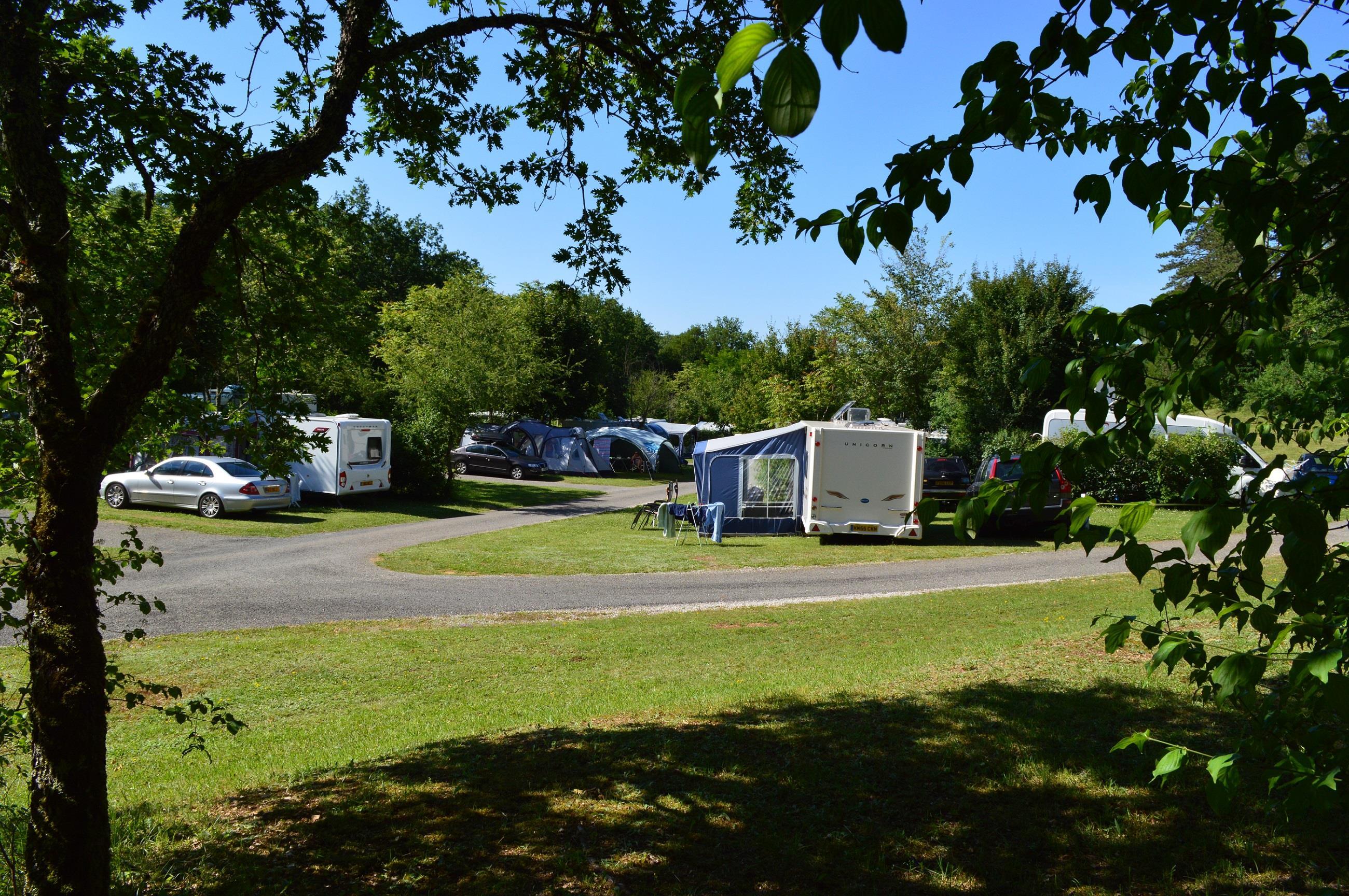 Camping Chateau de Lacomte, Carlucet, Lot
