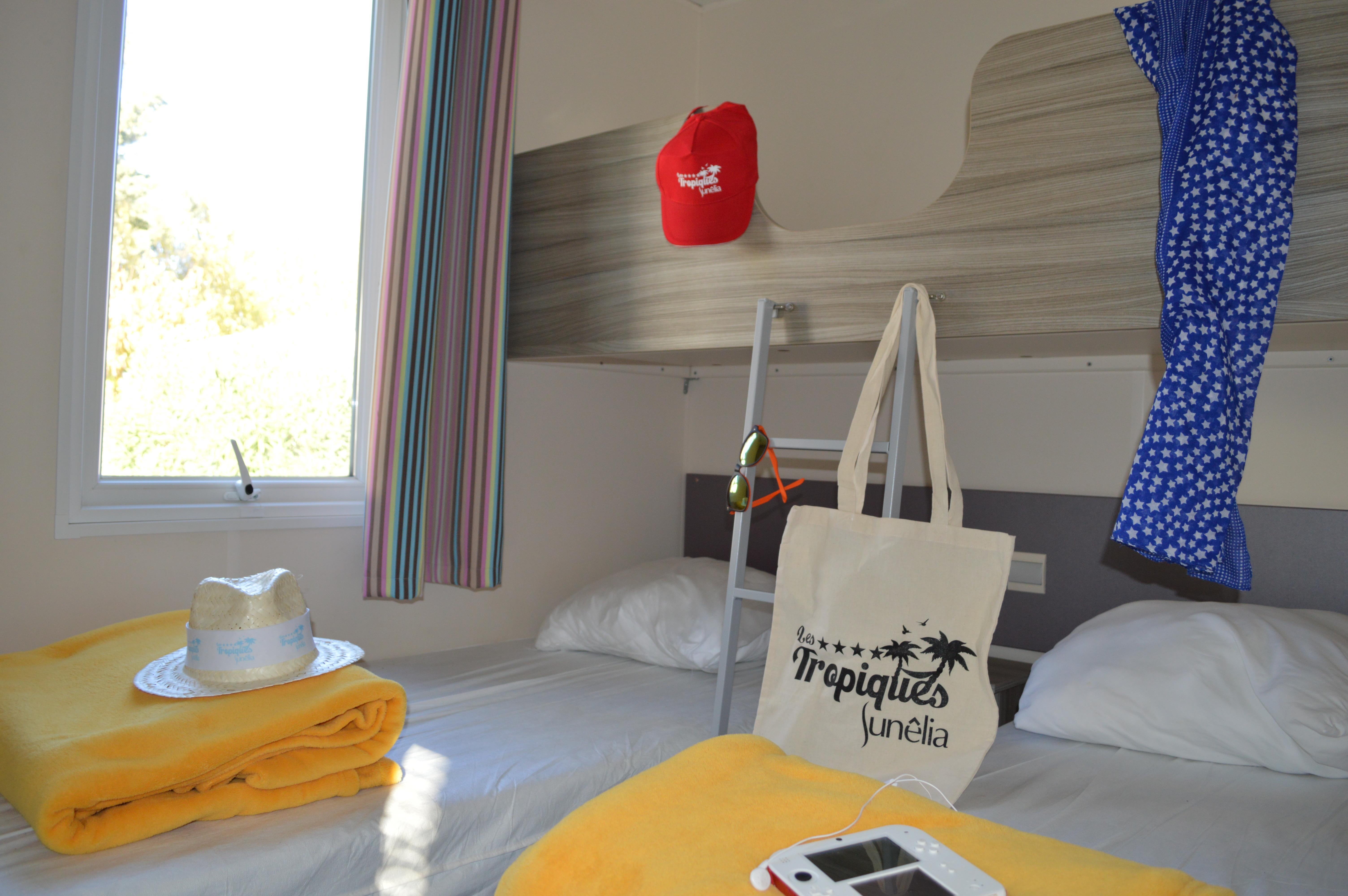 Location - Cottage Papaye *** 2 Chambres + 1 Salle De Bain / 26M² - Yelloh! Village Les Tropiques