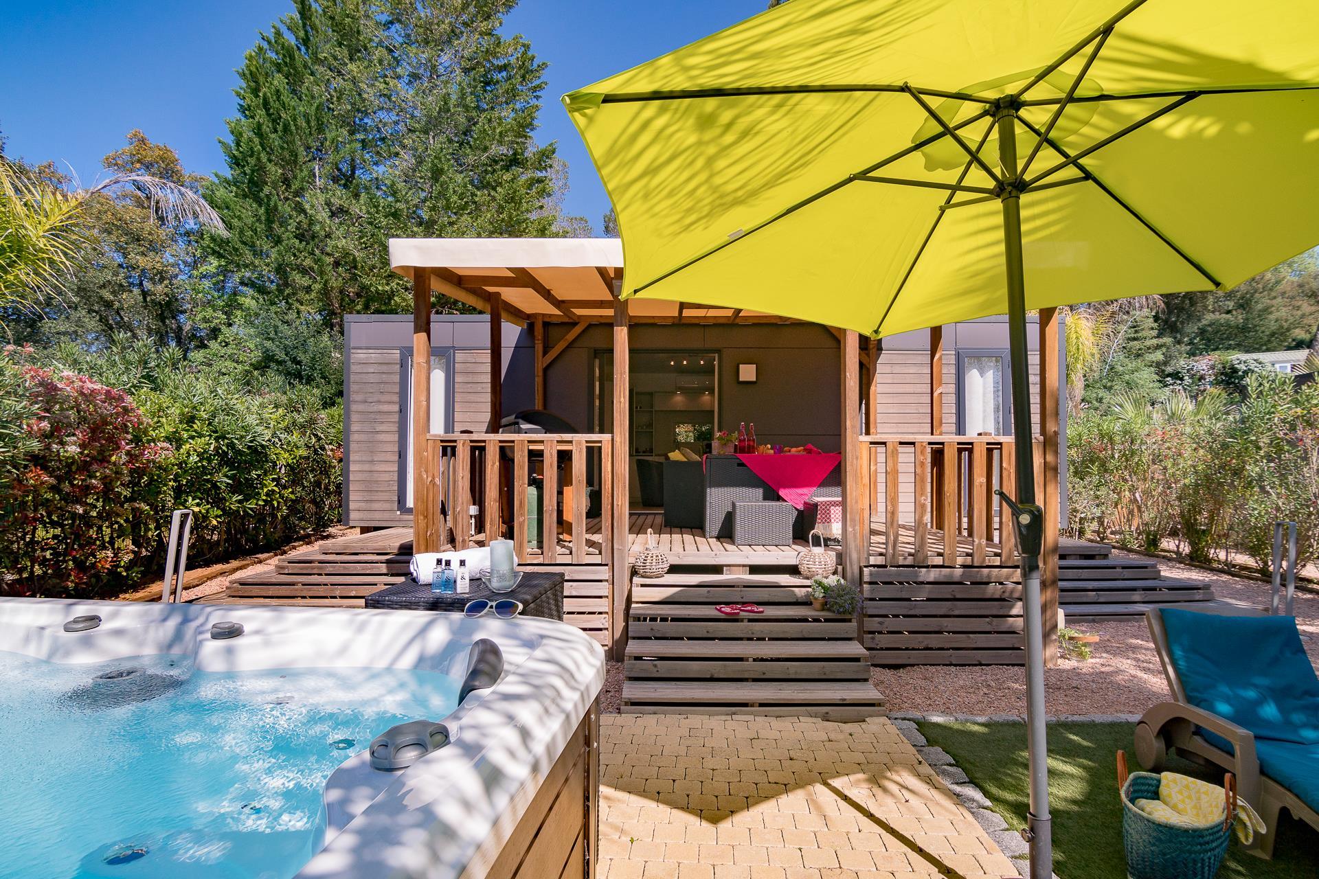 Location - Cottage 2 Chambres Climatisé Premium Spa - Camping Sandaya Douce Quiétude